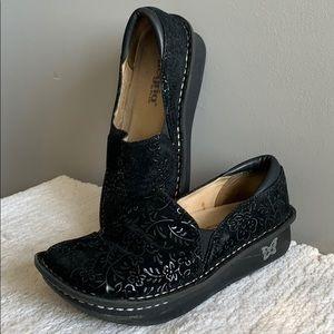 Algeria Debra Black Sprigs Flower Loafer Size 36